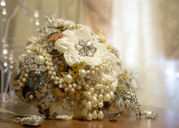 vintage button bouquet with lace and pearls