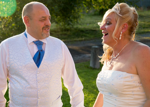 Bride and groom photography natuural photograph barnsley photographer