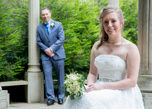 Bride and grrom in the secret garden holiday inn barnsley