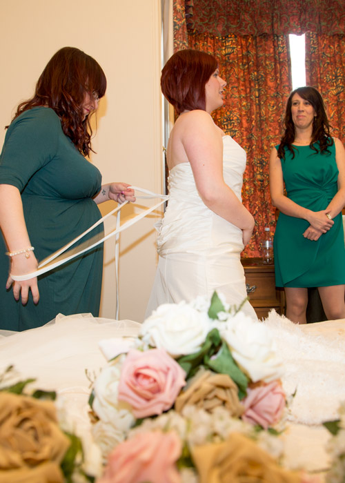 Bridal party getting ready on the day of the wedding