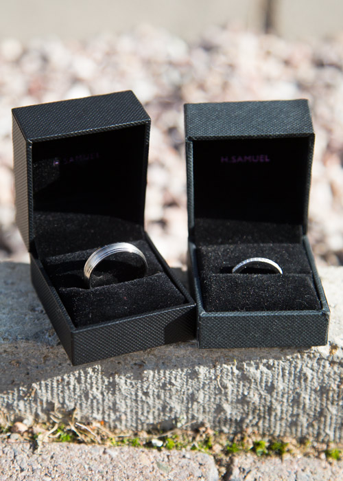 wedding bands in black h.samuel ring boxes
