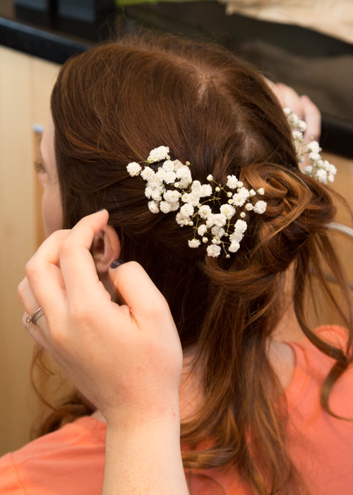 bride with gypsophila in her hair