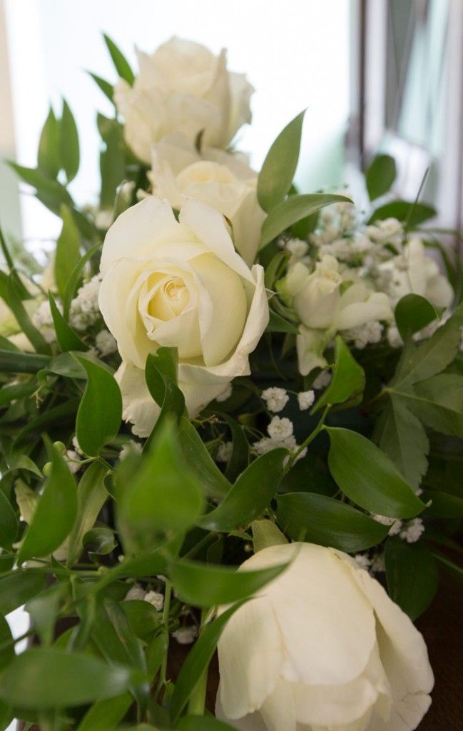 close up of white roses and gypsophilia
