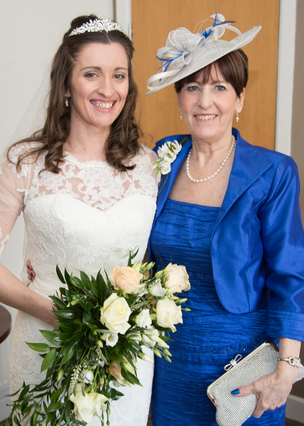 bride and brides mother ready for the wedding ceremony holiday inn barnsley