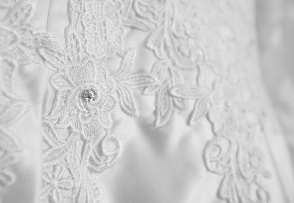 black and white wedding dress detail barnlsey photographer