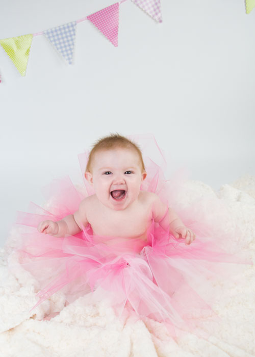 baby girl in pink tutu 6 month photo shoot barnsley