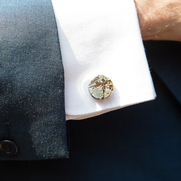Groom's cuff link in a mechanical design