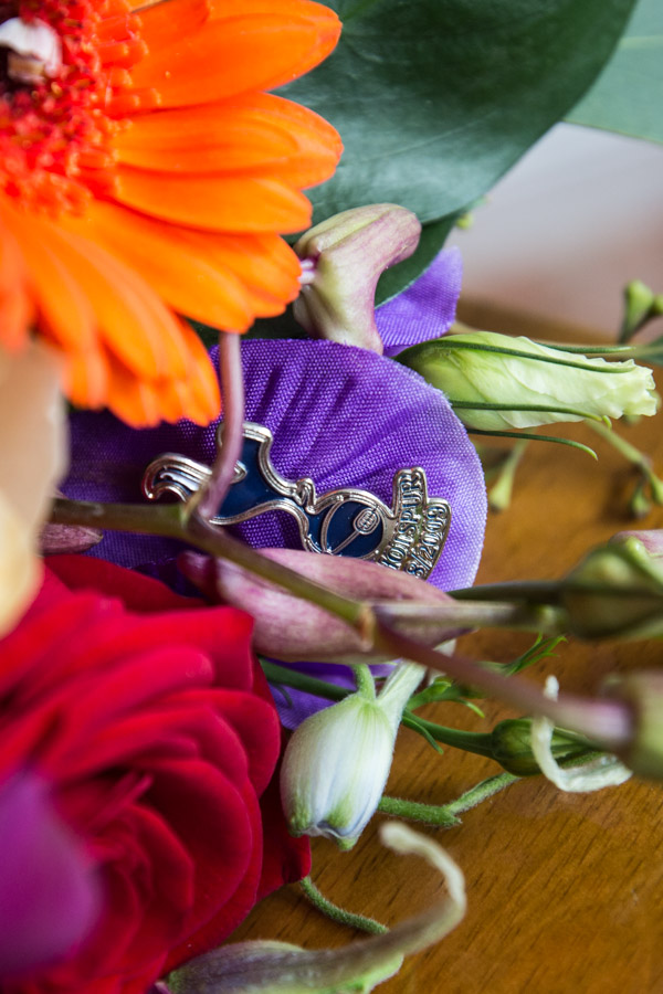 Bridal bouquet pin detail