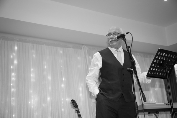Father of the bride giving his speech at Ibis Styles Hotel Barnsley wedding
