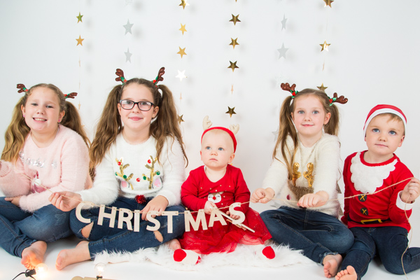 Family Portrait Session at Charlotte Elizabeth Photography Barnsley Christmas photo gifts