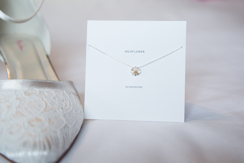 Daisy necklace fromt he wildflower collection by Estella Bartlett